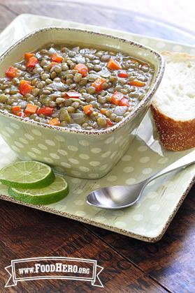 Foto de Sopa de Lentejas con Jugo de Limón Verde