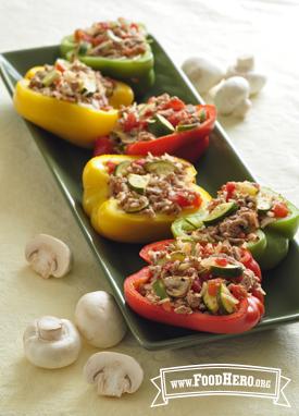 Chiles Rellenos con Pavo y Vegetales