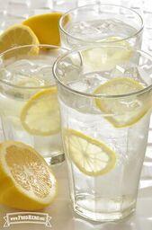 Agua con sabor a cítricos