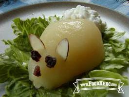 Foto de Ensalada de Peras en Forma de Conejo